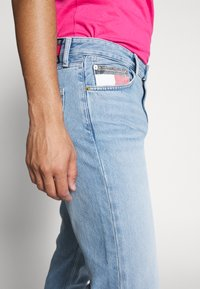 Tommy Jeans - DAD JEAN - Straight leg jeans - light-blue denim - 3