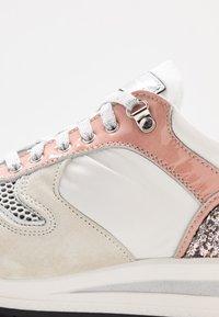 Noclaim - ZELDA  - Sneakers basse - rose - 2
