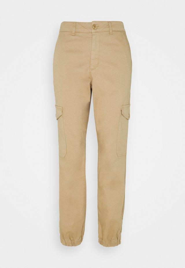 GERTAS - Pantalon classique - tannin