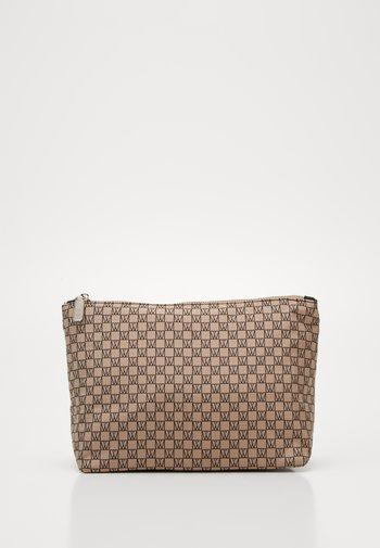 TRAVEL TOILETRY POUCH - Wash bag - beige/black