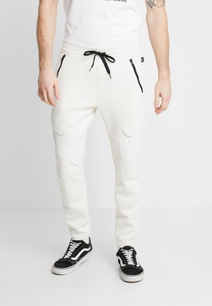 CARGO  - Cargo trousers - birch