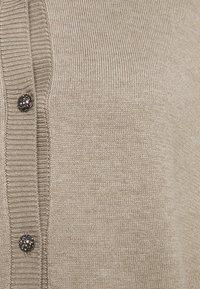 Bruuns Bazaar - ANEMONE PRATO CARDIGAN - Chaqueta de punto - beige melange - 5