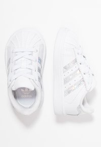 adidas Originals - SUPERSTAR - Baby shoes - footwear white - 0