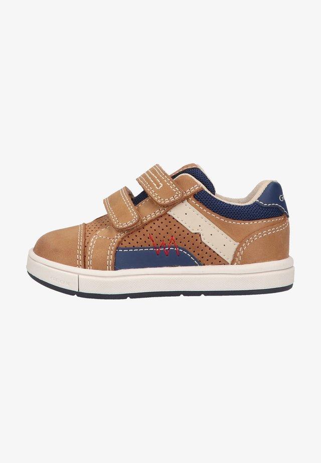 Sneakers laag - caramel navy