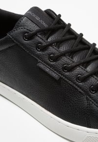 Jack & Jones - JFWTRENT - Sneakersy niskie - anthracite - 5