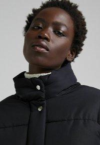 Bershka - PUFF 06575644 - Winter jacket - black - 3