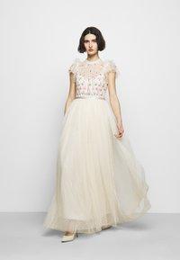 Needle & Thread - ROCOCO BODICE MAXI DRESS - Festklänning - champage - 1