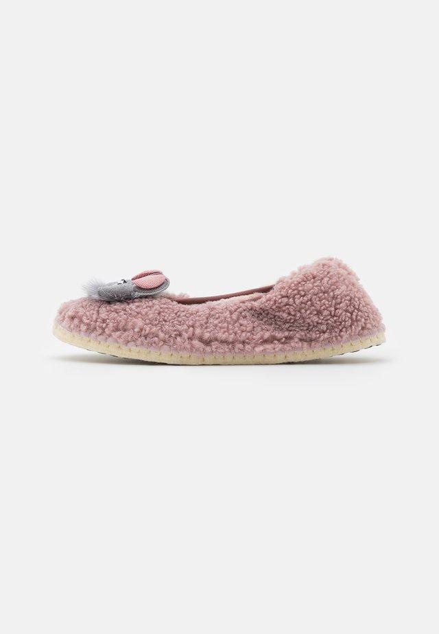 CARMEN - Pantoffels - rosa
