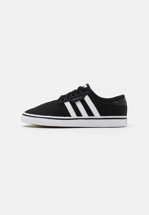 SEELEY SPORTS INSPIRED SHOES - Sneaker low - core black/footwear white