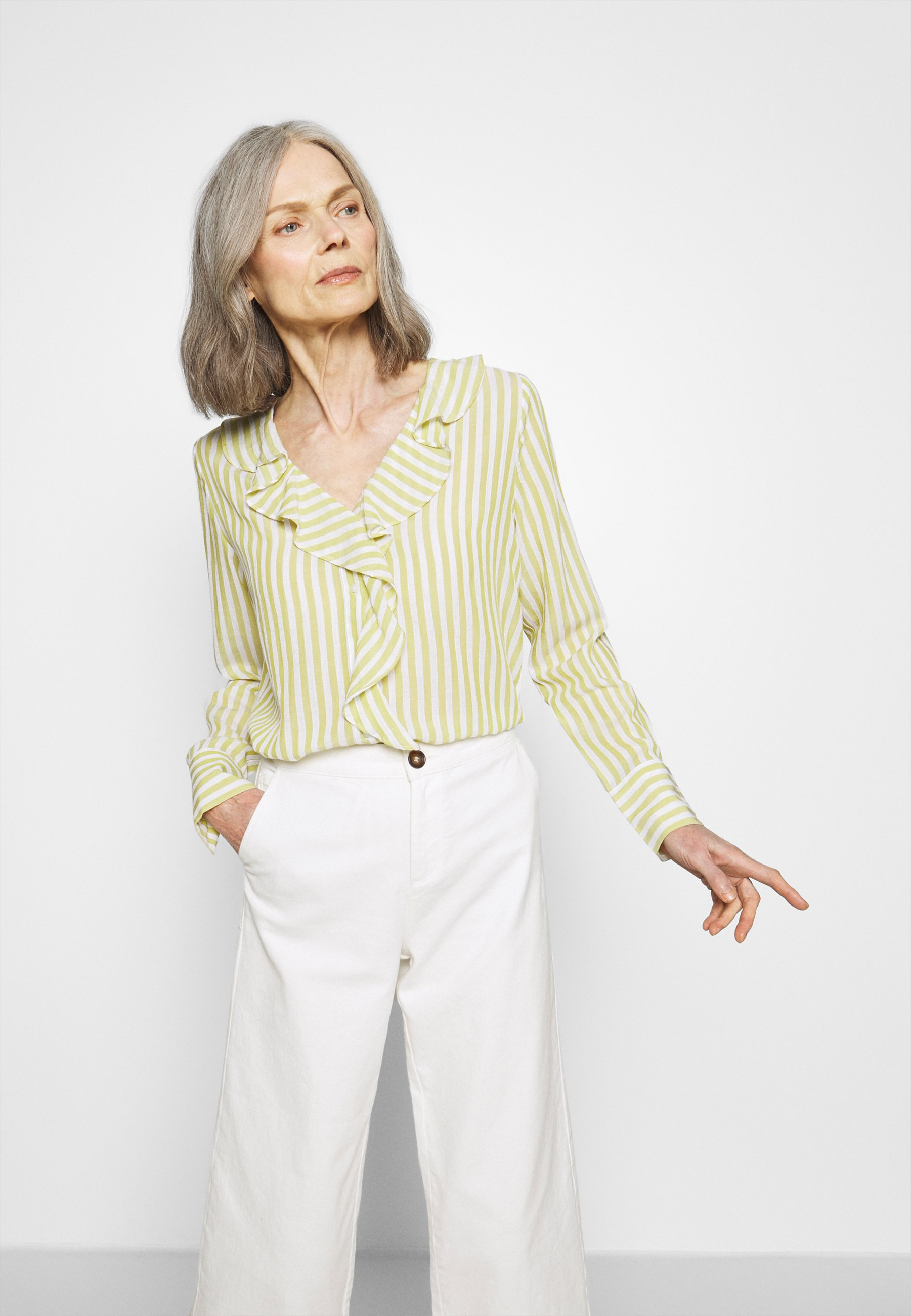 Grønn Alison bluse   Cream   Bluser   Miinto.no