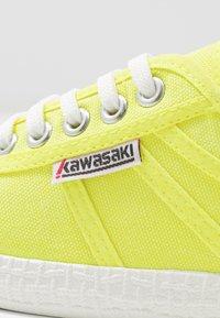 Kawasaki - Matalavartiset tennarit - safety yellow - 2