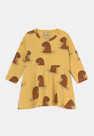 WALRUS DRESS - Jersey dress - yellow