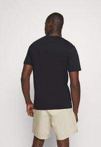 Only & Sons - ONSMELTIN LIFE POCKET TEE - T-shirt med print - black - 2