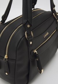 LIU JO - SATCHEL POCKET - Håndveske - nero - 5