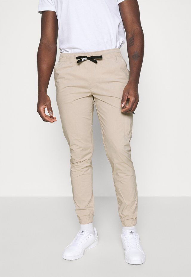 SCANTON - Cargo trousers - beige