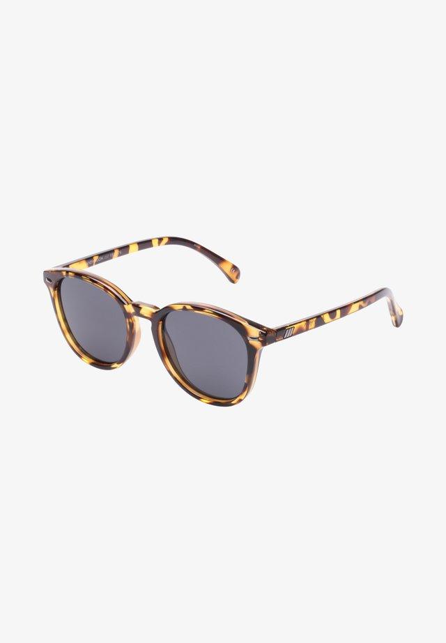 Sunglasses - syrup tort