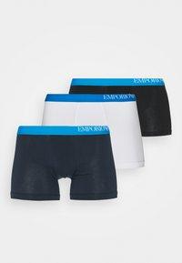 3 PACK - Pants - white/black/marine