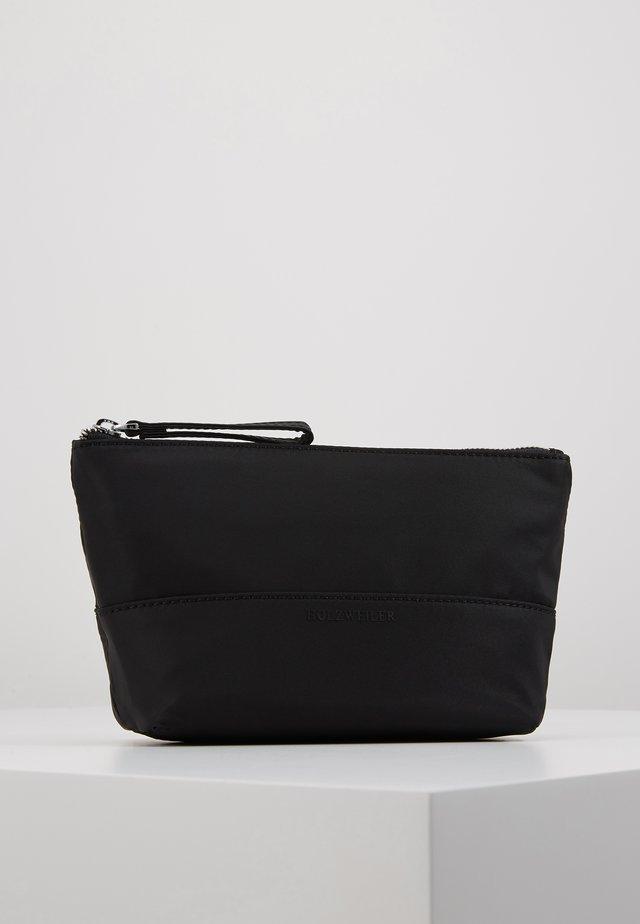 PIFF SMALL - Trousse de toilette - black