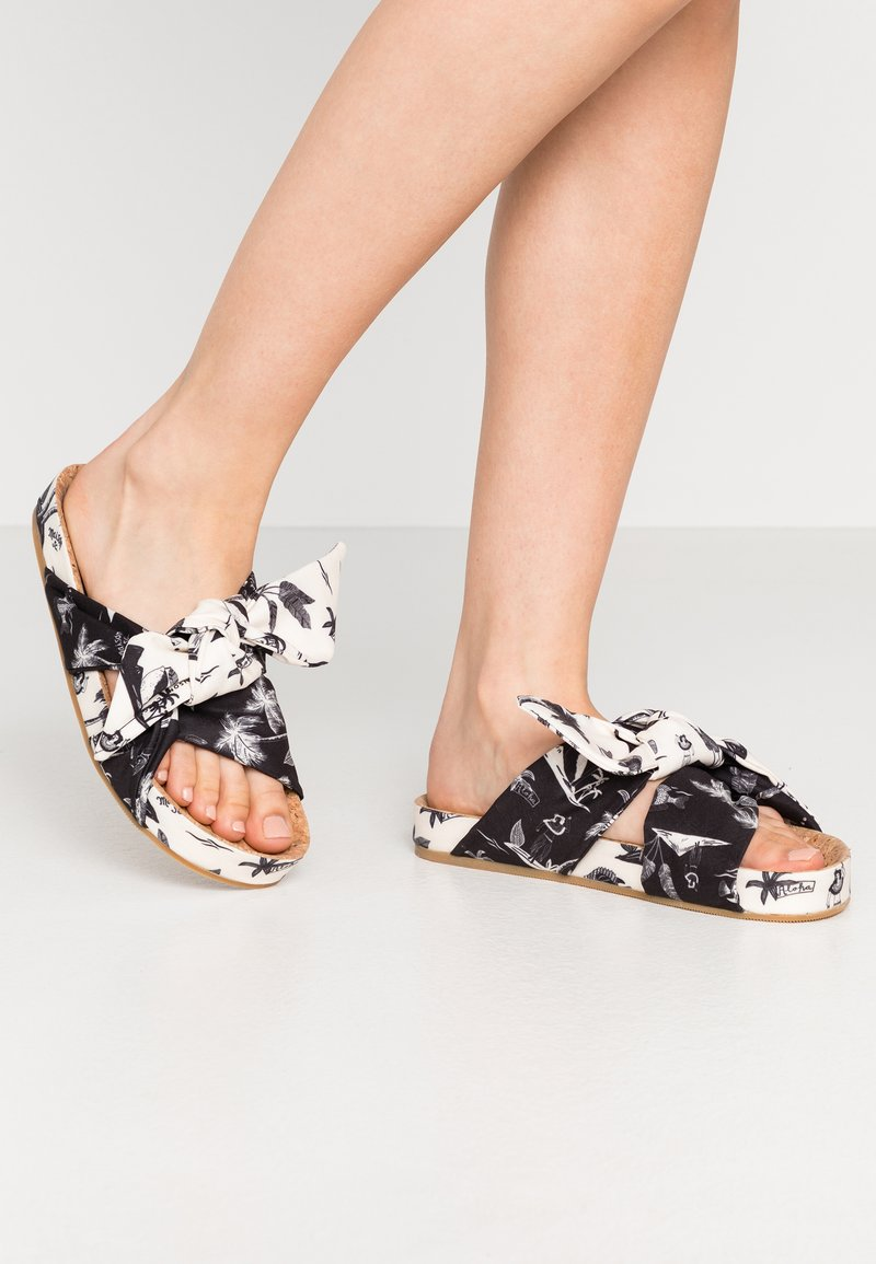 Scotch & Soda - YOLIN  - Mules - black/white