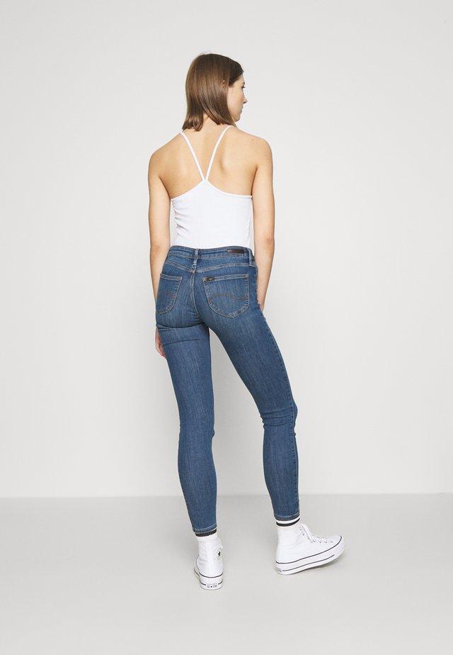 SCARLETT - Jeans slim fit - dark aberdeen