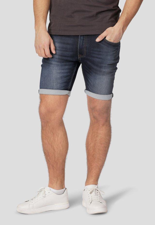 Denim shorts - blue bleach wash