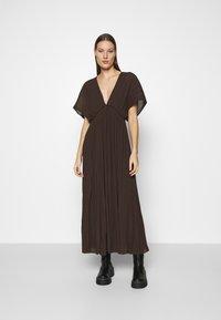 Samsøe Samsøe - QUARTZ LONG DRESS  - Maxi dress - mole - 0