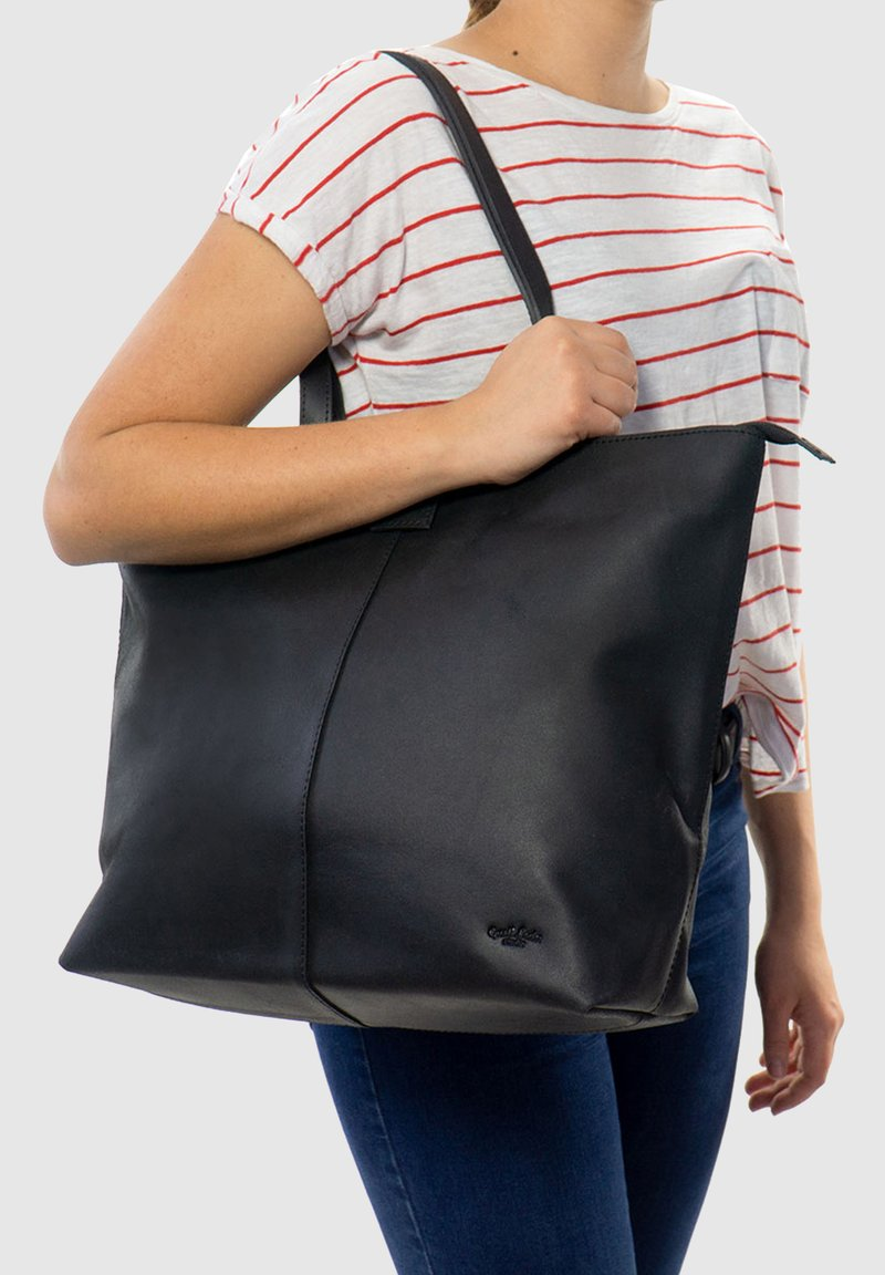 Gusti Leder - Tote bag - black