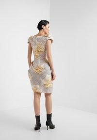 Vivienne Westwood - DEVANA DRESS - Sukienka koktajlowa - natural - 2