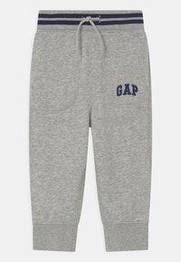 GAP - TODDLER BOY ARCH  - Trousers - light grey heather - 0