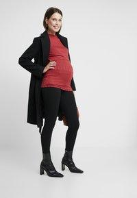 Dorothy Perkins Maternity - UNDERBUMP ONE BUTTON - Tygbyxor - black - 1