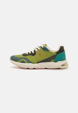 LOU - Sneakers laag - green/multicolor