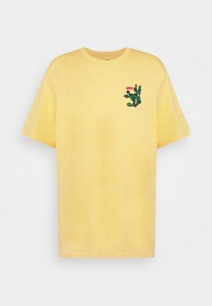 TEE - T-shirts print - dusky citron