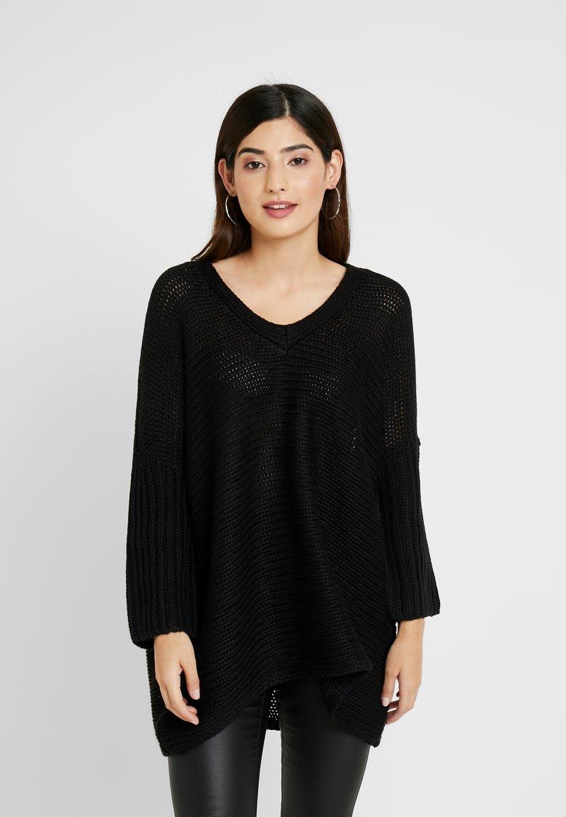 Noisy May Petite - NMVERA V NECK - Jersey de punto - black