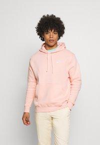 Nike Sportswear - CLUB HOODIE - Hoodie - arctic orange/white - 0