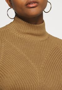 Noisy May - NMSIAN HIGH NECK  - Jumper - tigers eye