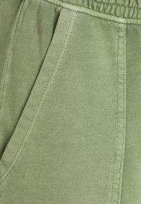 Esprit - PANT WASH - Tracksuit bottoms - light khaki - 2