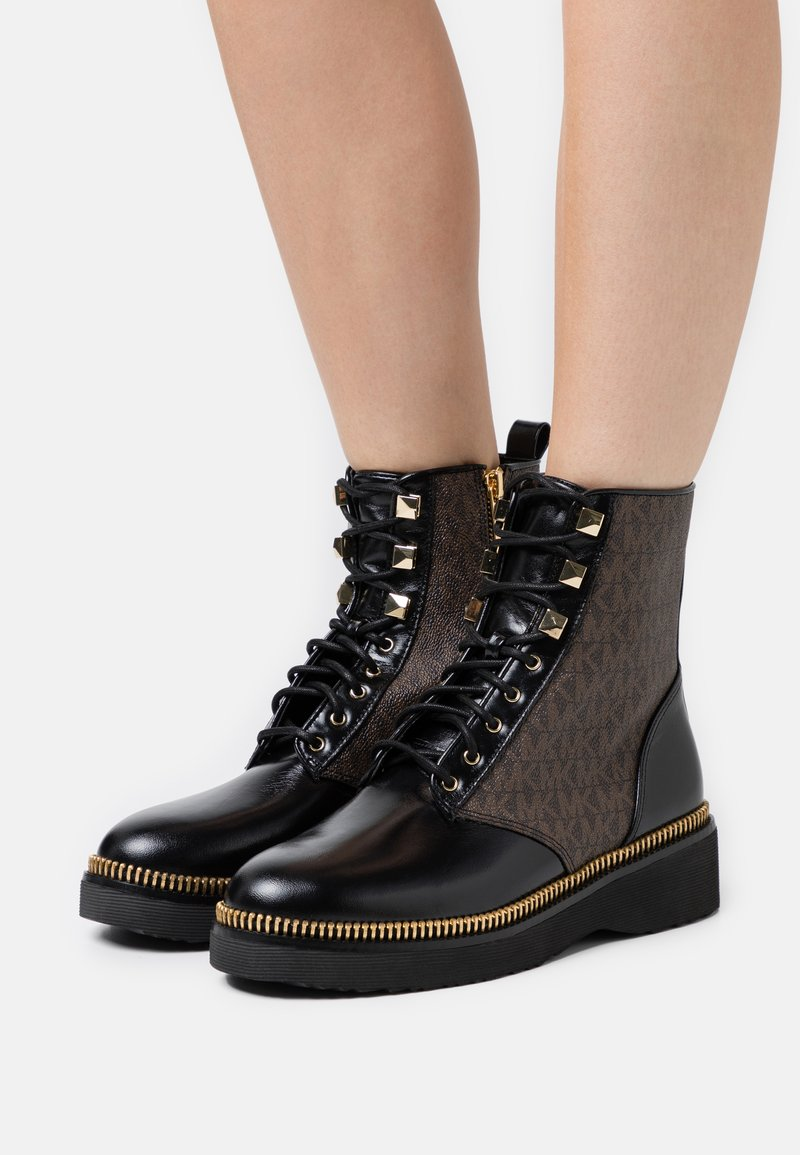 MICHAEL Michael Kors - HASKELL BOOTIE - Lace-up ankle boots - black/brown