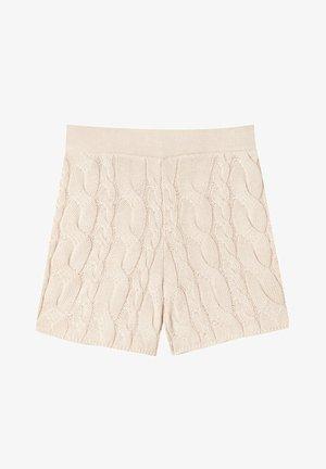 STRICK ZOPFMUSTER - Shorts - beige