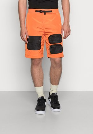 TECH - Shorts - orange