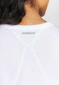 adidas Performance - CLUB TEE - Print T-shirt - white/silve/black - 4