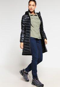 YETI - PEARTH - Down coat - black - 1