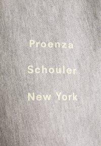 Proenza Schouler - LONG SLEEVE LOGO - Bluza - grey - 2