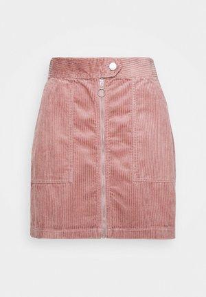 KIRA LIFE - Pouzdrová sukně - woodrose