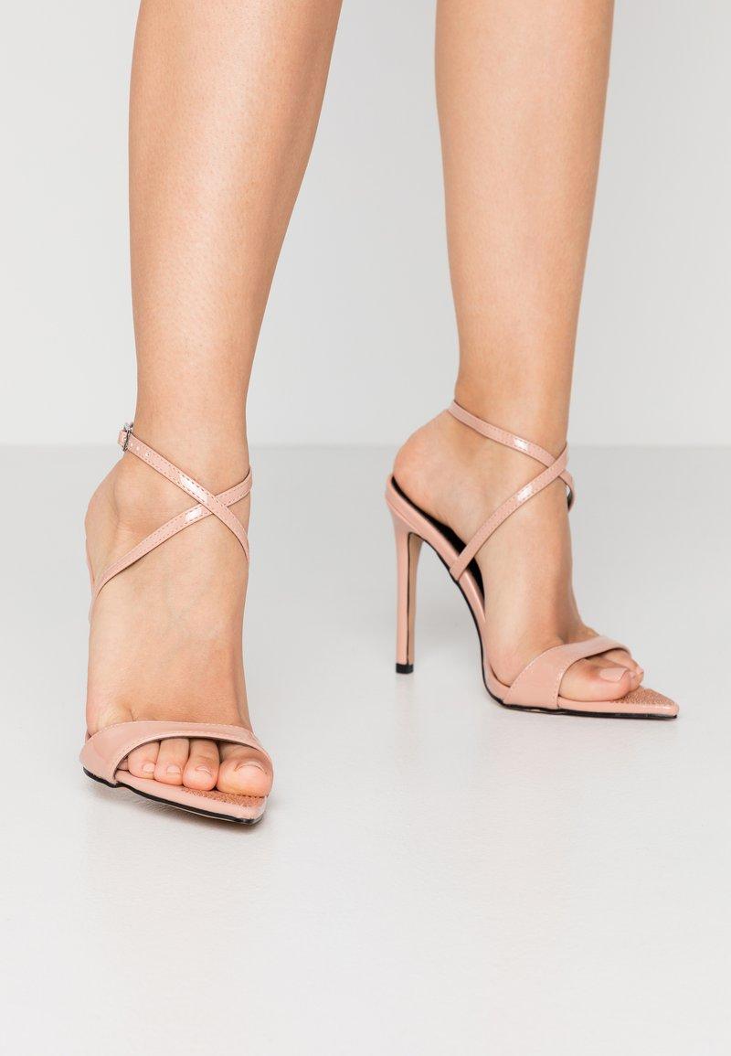 BEBO - SKITTLE - Sandaler med høye hæler - nude