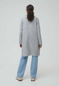 PULL&BEAR - Zimní kabát - grey - 1