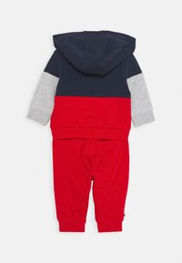 Tommy Hilfiger - BABY COLORBLOCK HOODIE SET - Sweatshirt - blue - 1