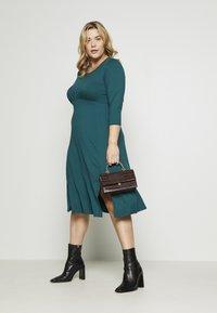 Dorothy Perkins Curve - Jersey dress - teal - 1