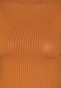 New Look - CARLEY RIB PUFF MUTTON SLEEVE STAND NECK - Long sleeved top - rust - 2
