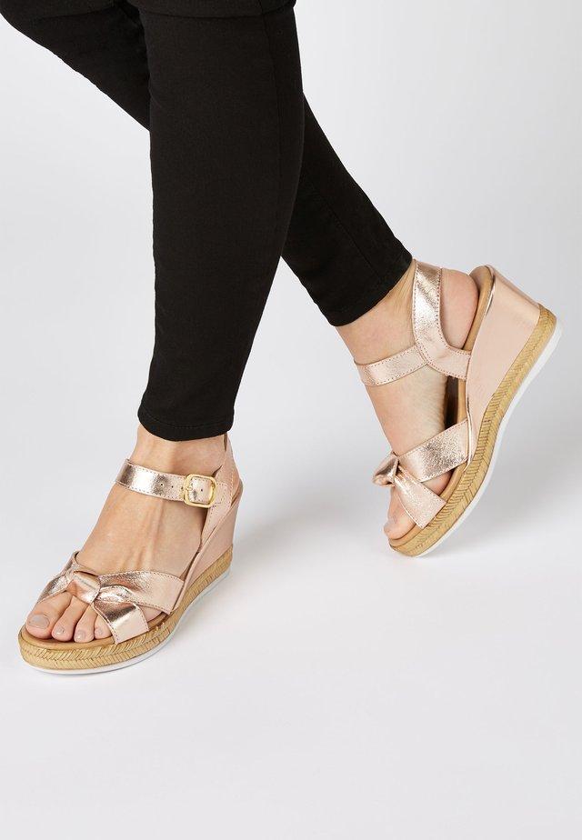 Sandalias de tacón - metallic grey