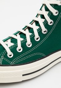 Converse - CHUCK TAYLOR ALL STAR 70 - High-top trainers - midnight clover/egret/black - 7